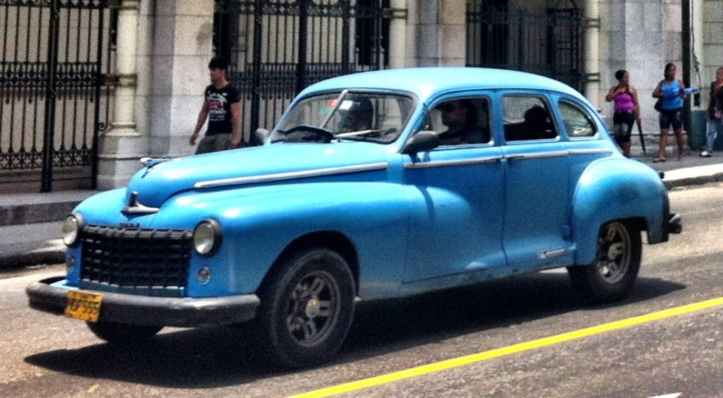 amazing cars in havana