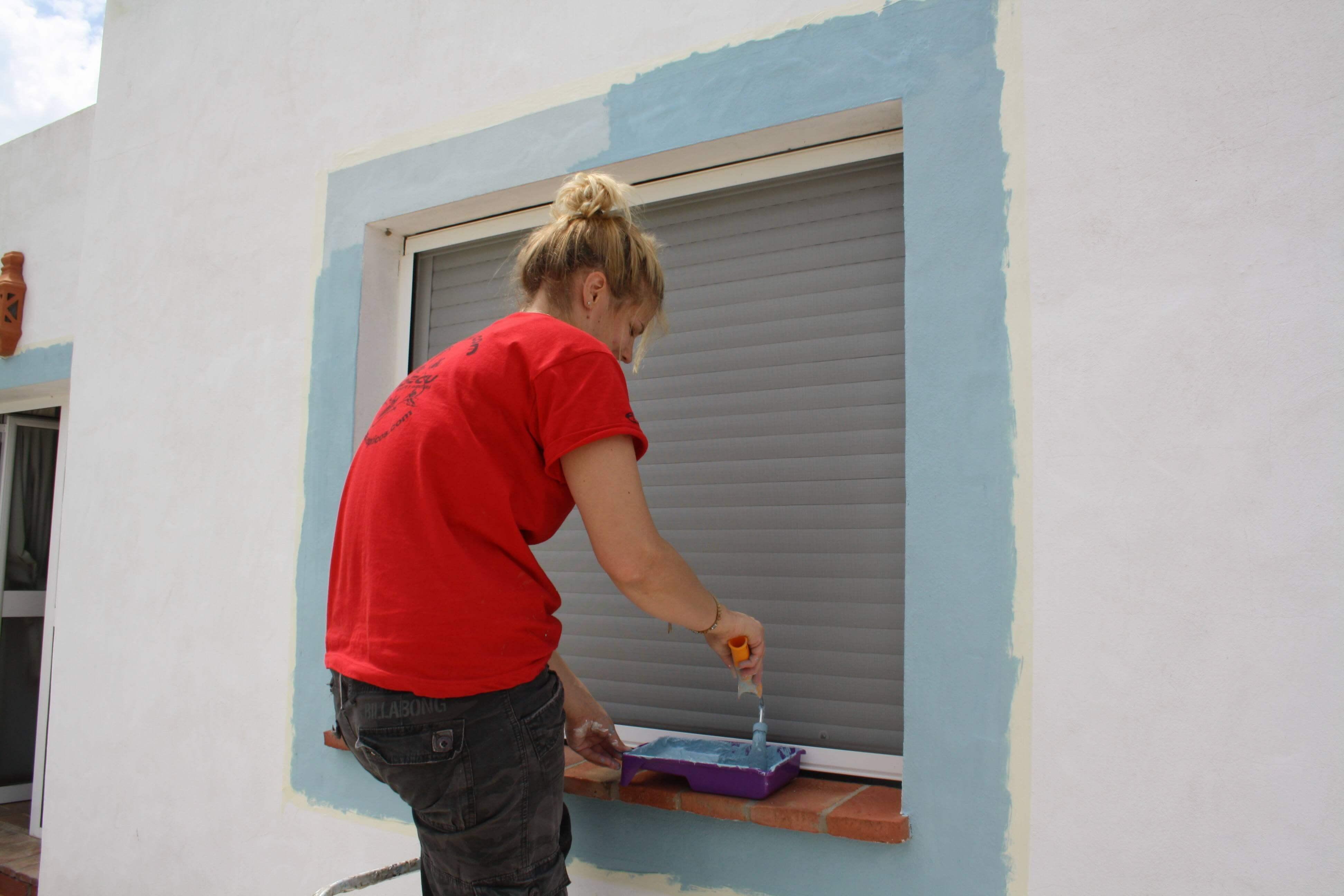 Me painting in Conil, Spain
