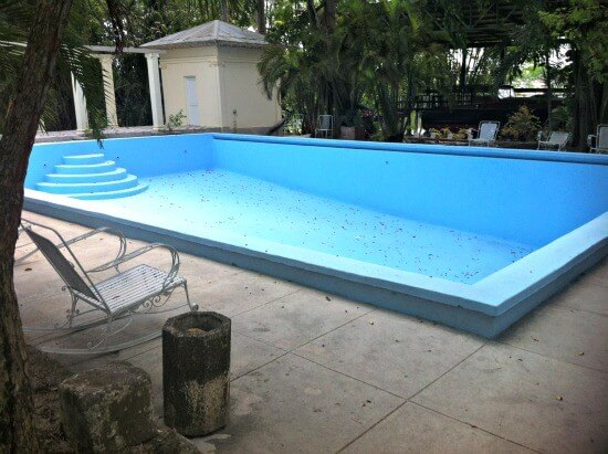 Swimming pool at Hemingways House