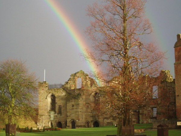Tutbury_Castle_Rainbow_2_by_VampireBait