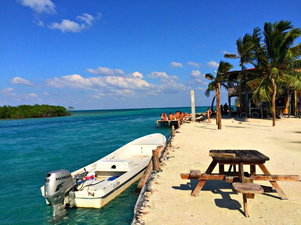 things to know about Caye Caulker