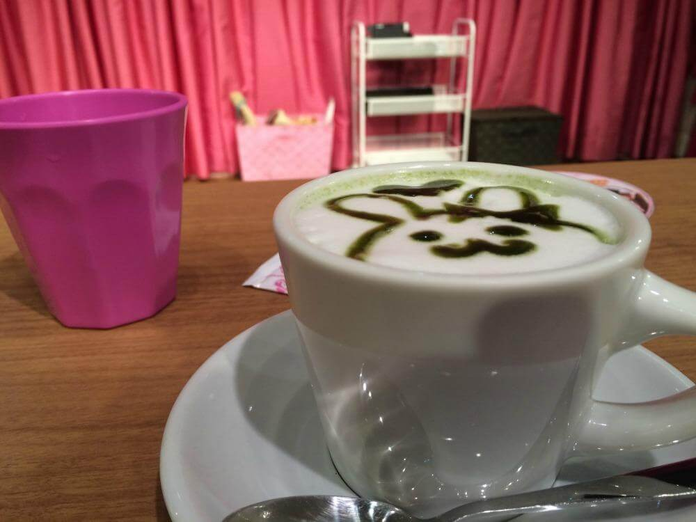 Maid cafe experience tokyo