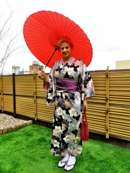 Dressing up as a Geisha girl