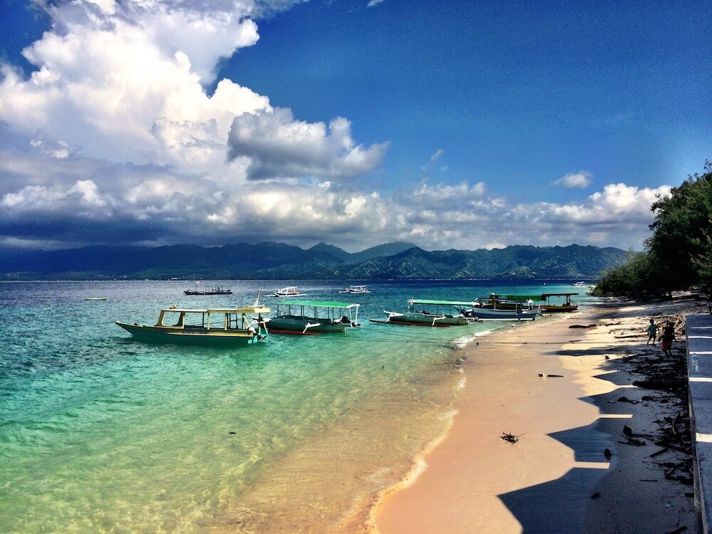How to get from Gili T to Gili Meno