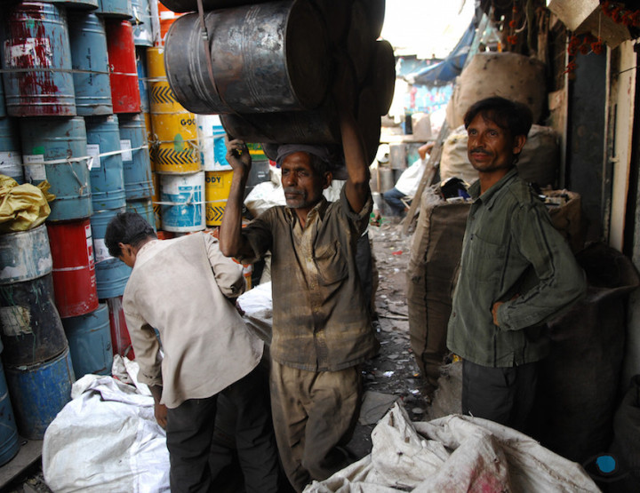 Why You Should Go on the Dharavi Slum Tour in Mumbai