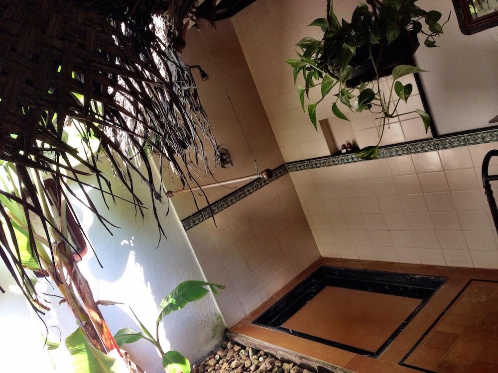 Review of the Marari Beach Resort