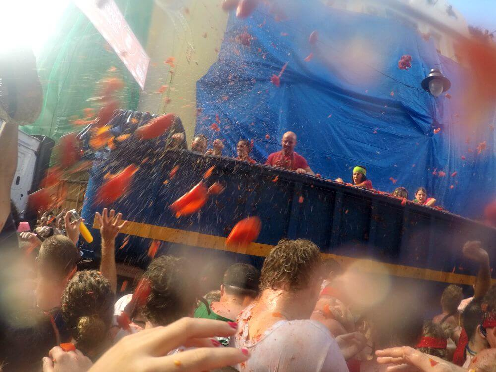Throwing tomatoes at Tomatina 2015