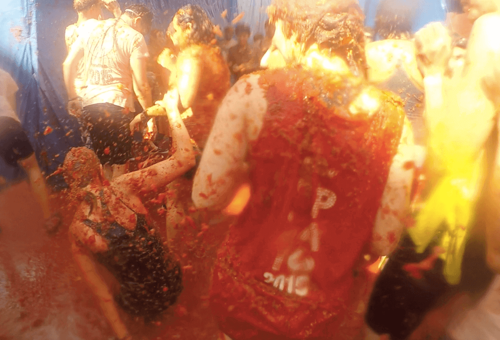 How to Photograph Tomatina