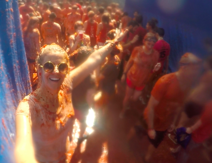 10 Tips for Photographing Tomatina