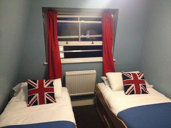 Astor Room Hotel