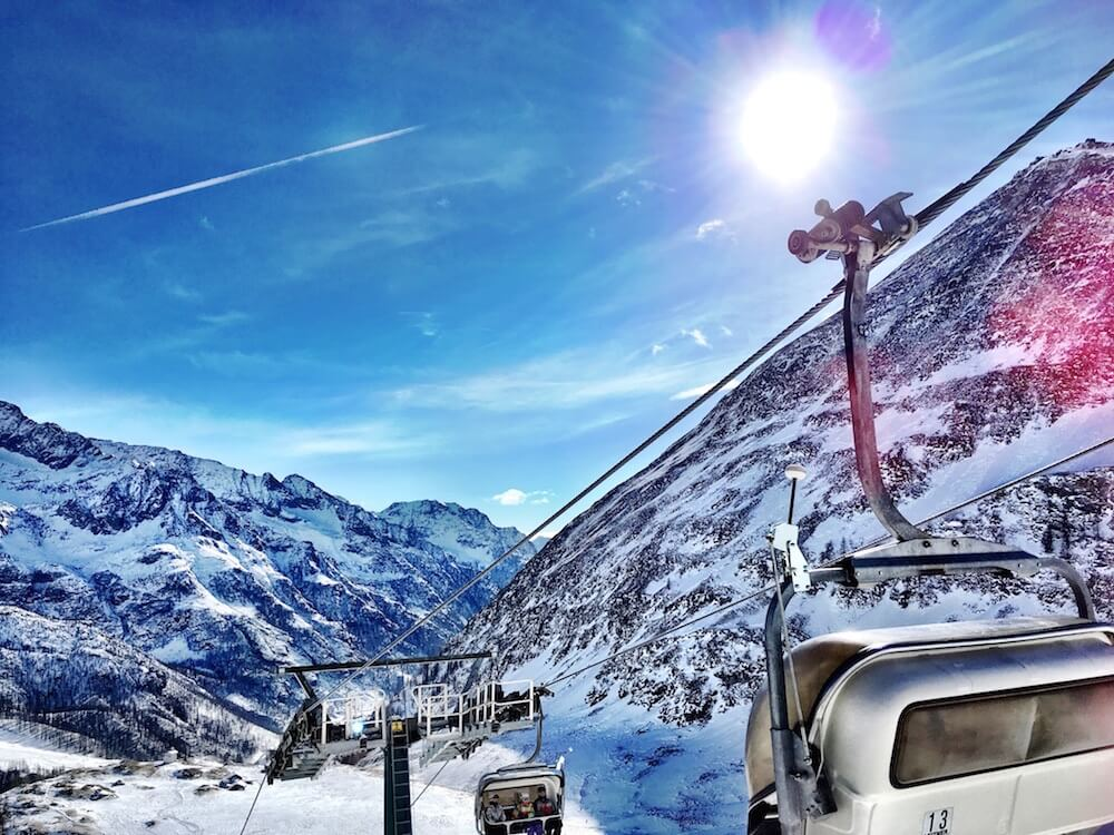 Skiing in Champoluc