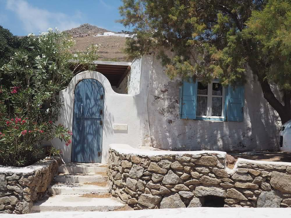 Fun in Mykonos with the little house