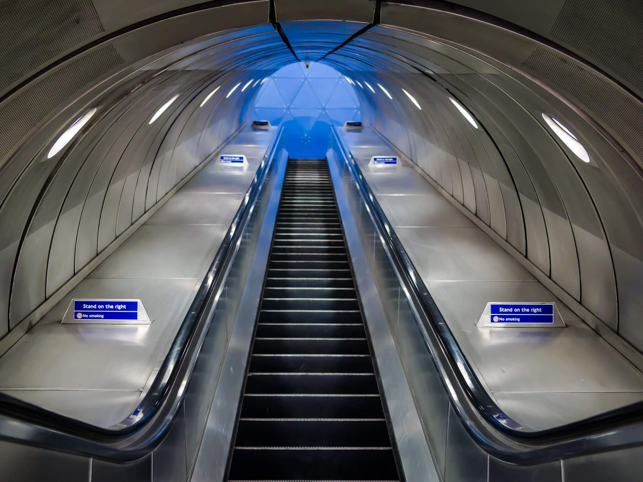how to do the London Underground with luggage