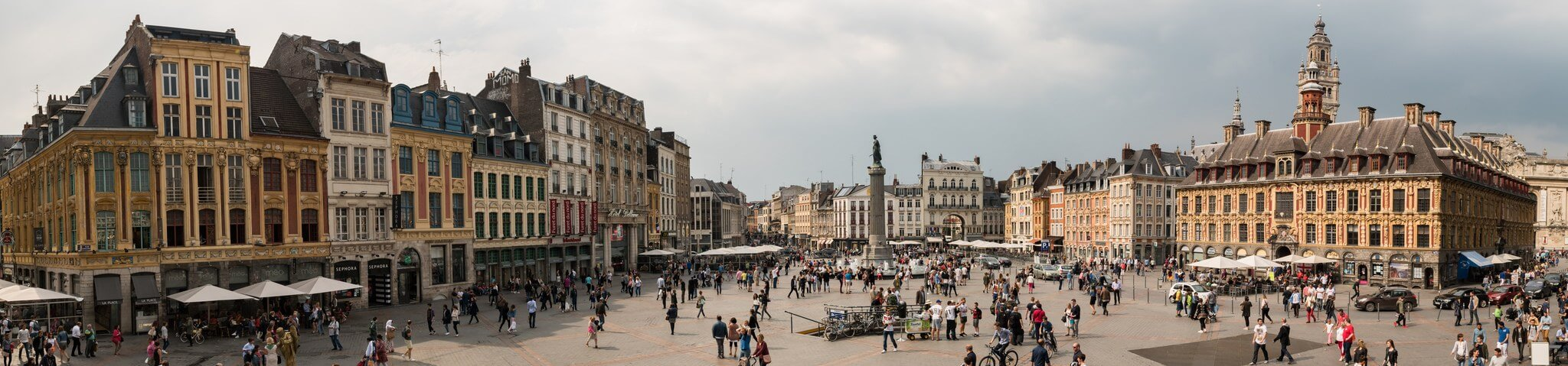 lille-in-the-main-square