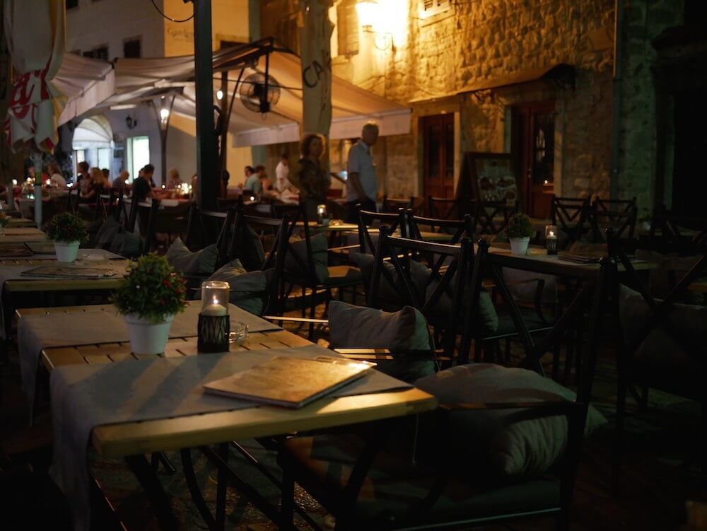 meal-tables-in-montenegro