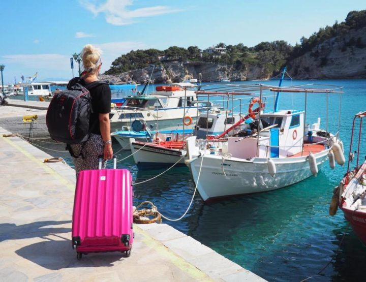 9 Ways to Get a Cheaper Summer Holiday