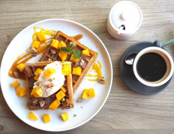 6 Tastiest Places for the Best Breakfast in Boracay