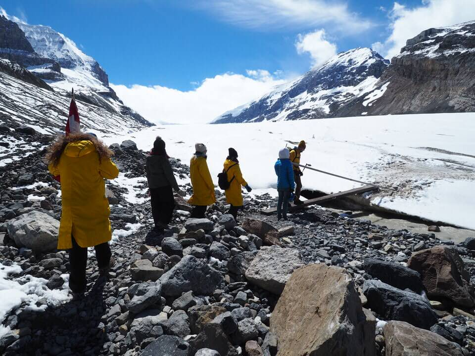 Journey up the Athabascua Glacier