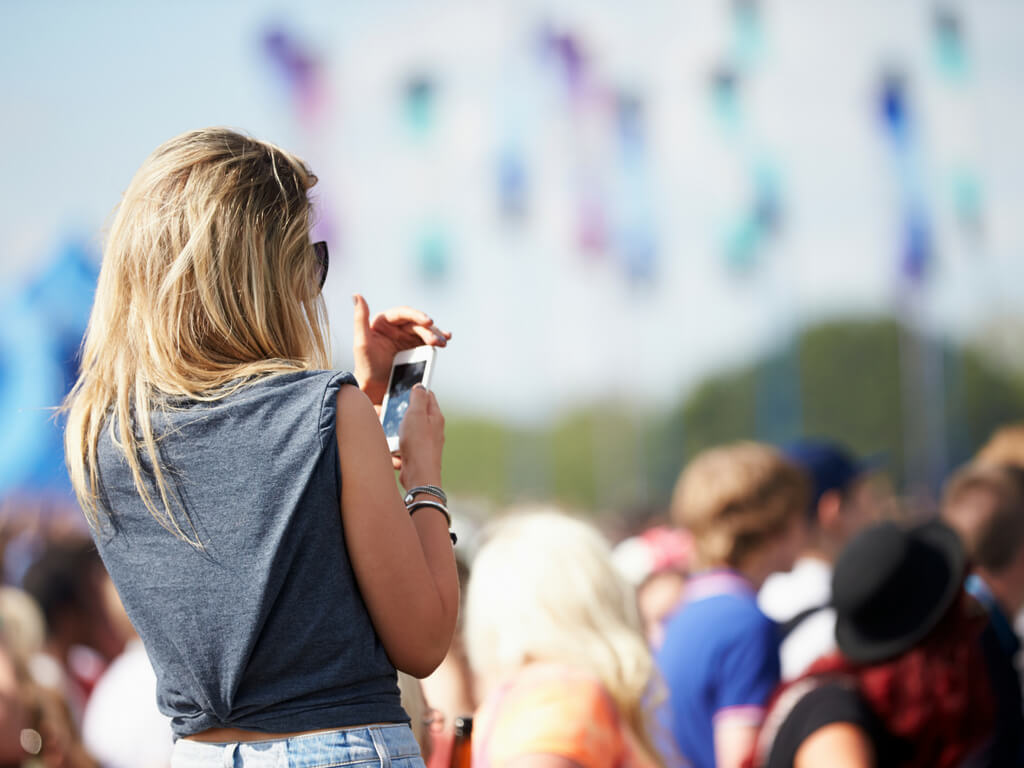 How to not lose your phone at a festival