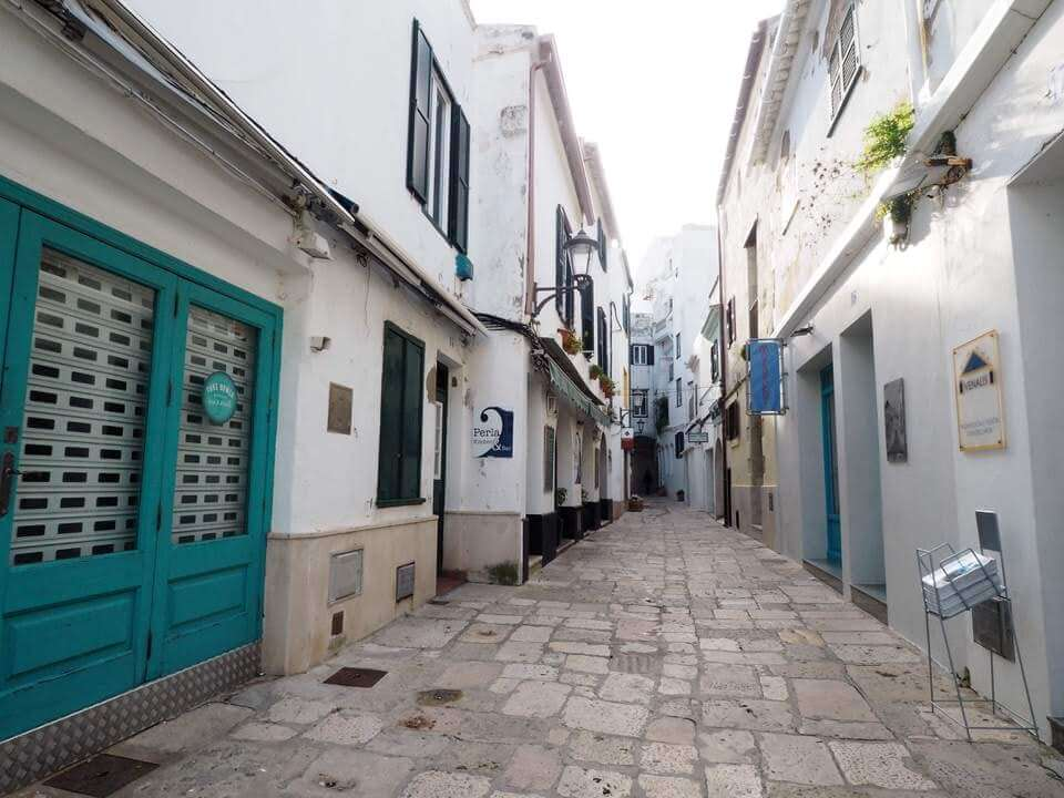 48 hours in Mahon
