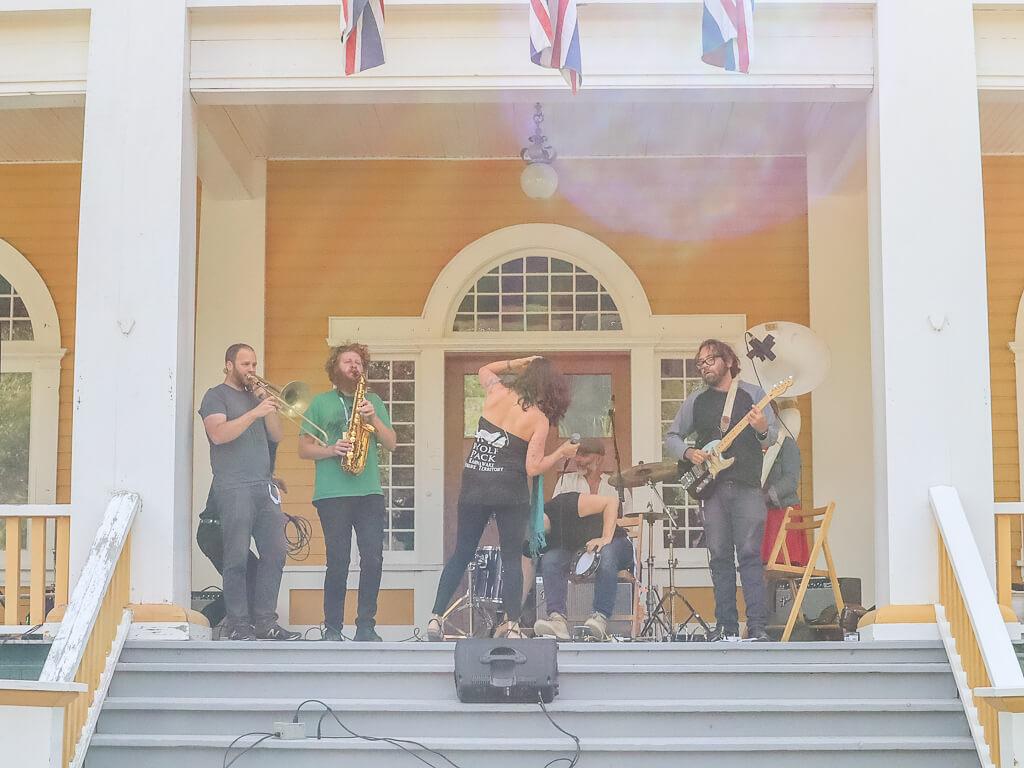 Dawson City Music Crawl
