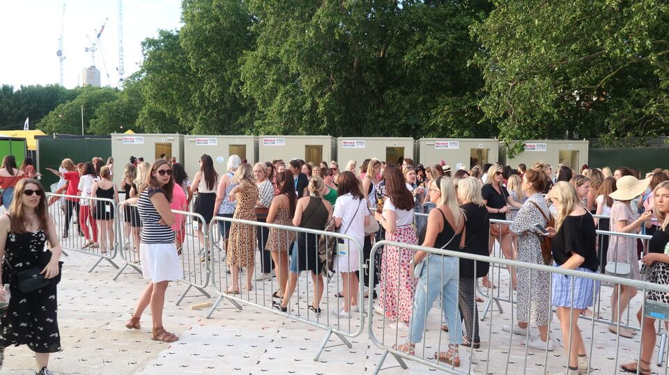 toilets and queue at BST