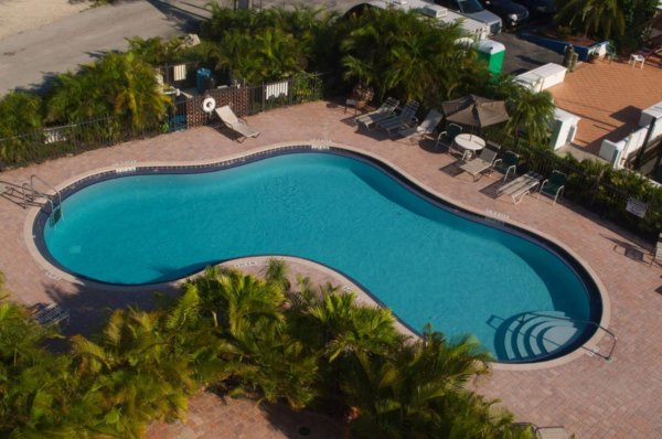where to stay in key largo
