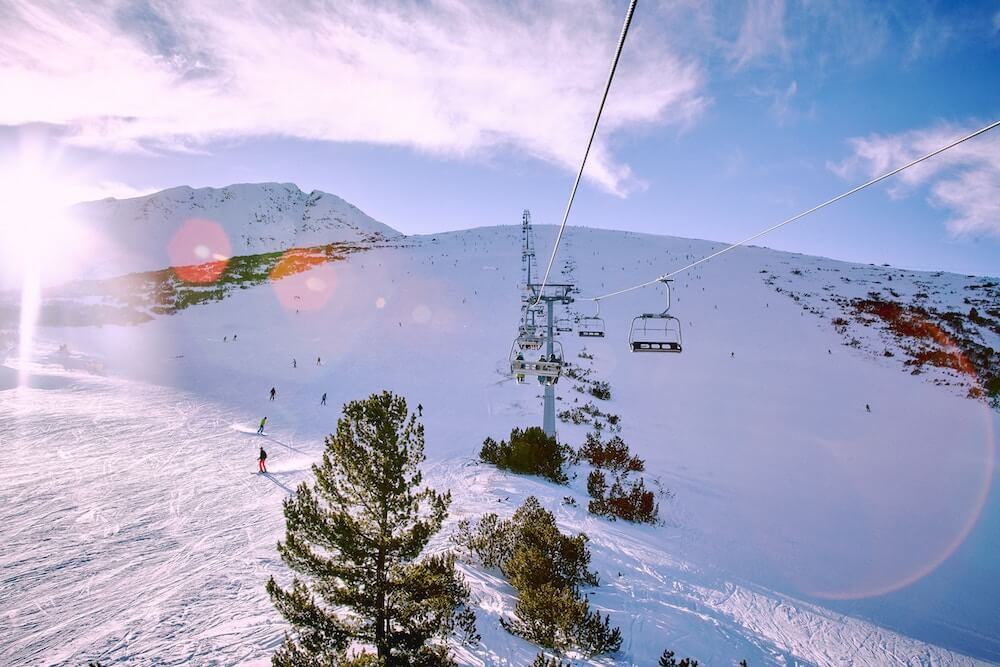cheapest place to travel bansko