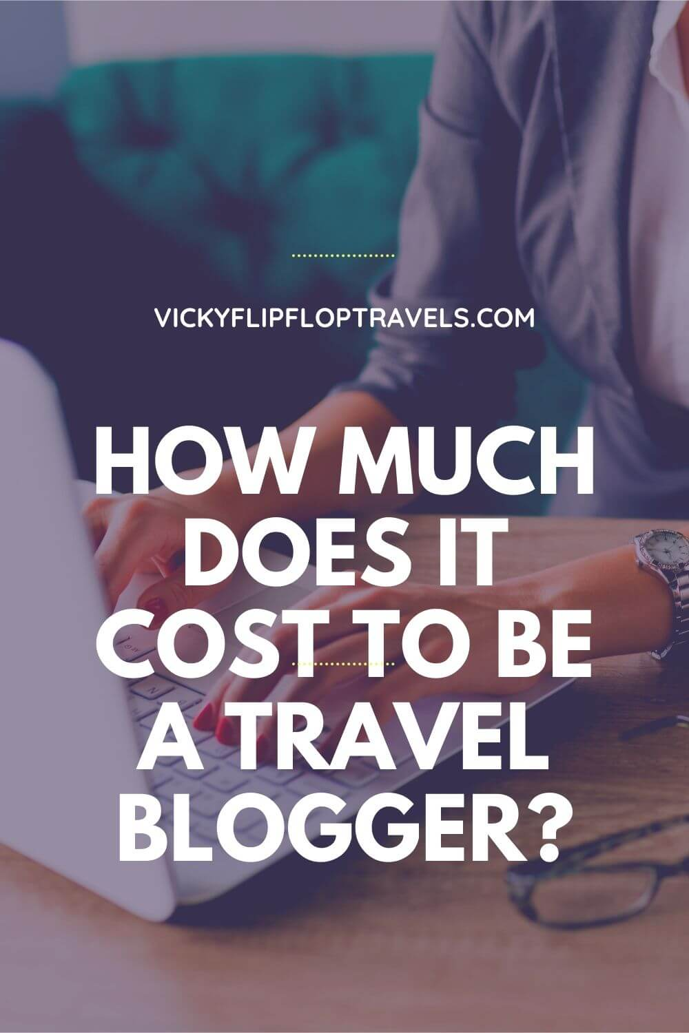 travel blogger costs