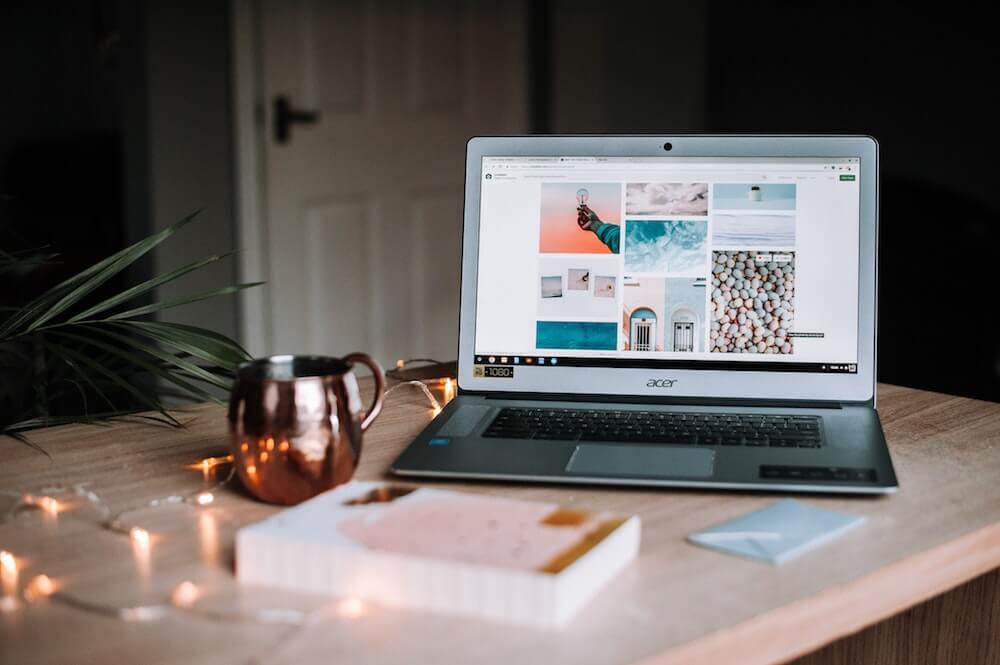 travel blogger expenses