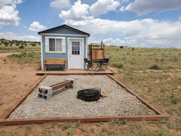 Tiny House Airbnb in Valle Grand Canyon
