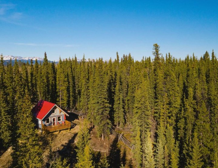 12 Coolest & Most Unique Places to Stay in Whitehorse, Yukon